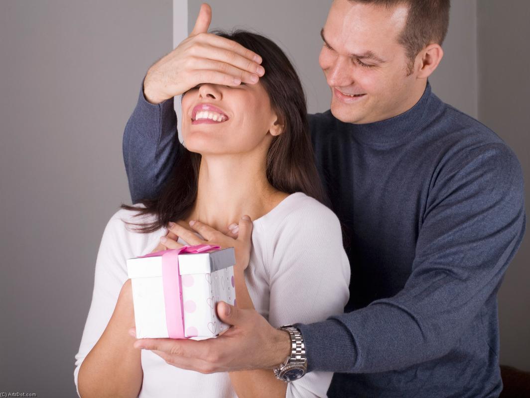 Как сделать так, чтобы мужчина захотел дарить подарки 29